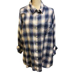 Old Navy Blue Plaid Boyfriend Button Down Flannel